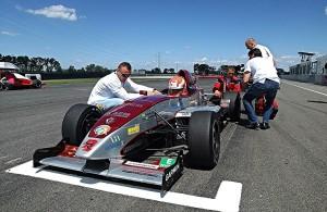 Gender Racing Team: Töretlen lendülettel